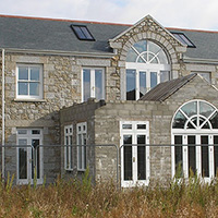 Traditional new build using Cornish granite